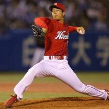 広島は2年目の左腕・塹江敦哉がプロ初先発、来季につながる投球を期待したい(写真=BBM)