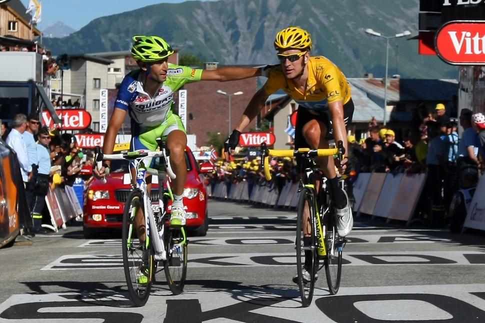 ウィギンスがマイヨ・ジョーヌ守る/ツール・ド・フランス ツール・ド・フランス第11ステージ。ブラ