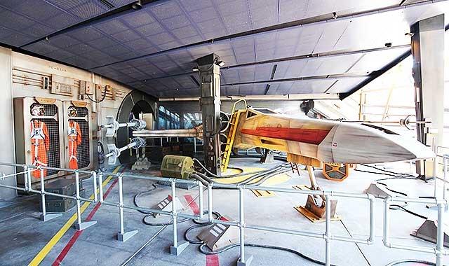 香港ディズニー、スター・ウォーズテーマの新イベント=空中戦体感、チューイとの記念撮影も