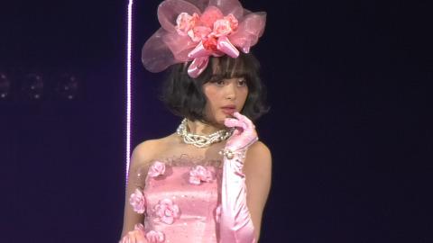 トリンドル玲奈 玉城ティナらがピンクコーデでMaison de FLEURステージに登場!東京ガールズコレクション2017 SPRING/SUMMER