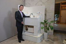 ドリカムの中村正人が猫トイレを発案!流水で自動洗浄できる「ネコレット」大和ハウスから発売
