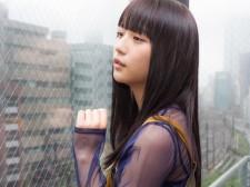 映画『黒い乙女Q』主演・浅川梨奈さん
