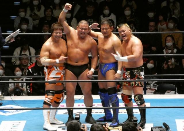 【新日本】中西学が第三世代の天山広吉、永田裕志、小島聡に見送られ引退「現役は終わりなんですけど、一度プロレスラーしたからには、死ぬまでプロレスラーやと思ってます」