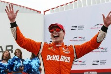 シリーズ第12戦、トロントで幸運な勝利を収めたジョセフ・ニューガーデン