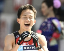 2月の東京マラソンで、日本人トップでゴールした井上