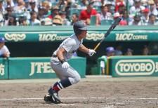 プロ注目の外野手、横浜高の4番・増田珠