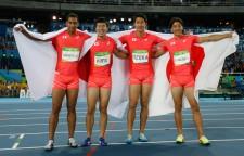 リオ五輪4×100mリレーで銀メダルを獲得した日本男子