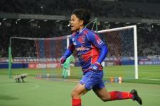 新潟戦で決勝ゴールを挙げたFC東京の久保建英