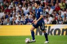 アジア杯で日本代表の主力としてプレーしている柴崎岳