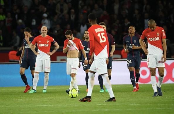PSG戦で屈辱の大敗&優勝献上…… モナコ、サポーターへチケット代の返金を決定