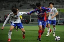 新潟戦で得点を決めた久保 photo/Getty Images