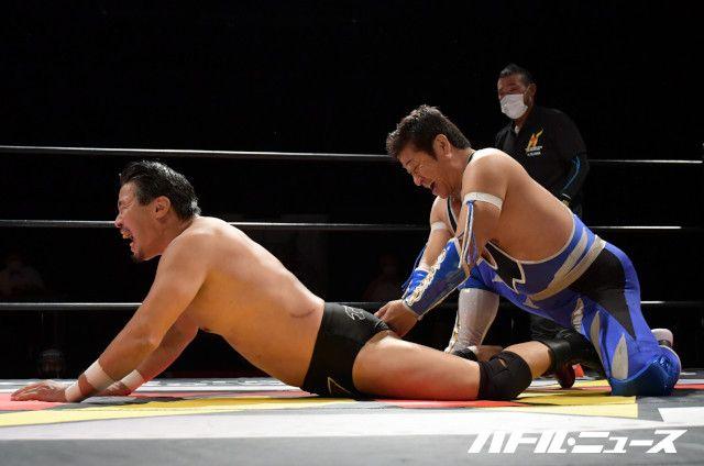 南条隼人が黒田哲広との元FMW同期対決に臨むも弟子の誤爆からリングアウト負け!