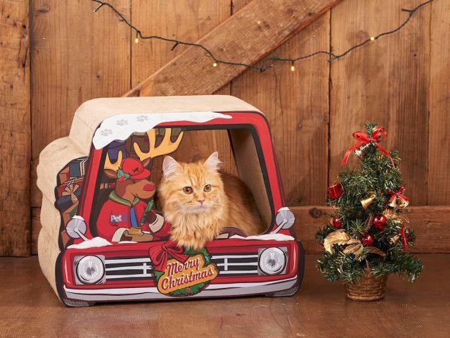 猫もサンタクロース気分になれるニャ♪ 両面クリスマス仕様の爪とぎが雑貨ブランドから登場