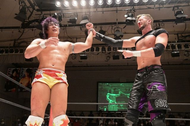 【DDT】竹下幸之介がクリス・ブルックスとの死闘を制し、KO-D無差別級王座初V!「『D王GP』絶対王者として僕が優勝したい」