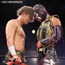 ドリームゲート戦で対決する石田凱士とシュン・スカイウォーカー