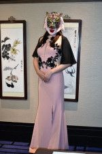 正体不明の女性版虎仮面「タイガー・クイーン」