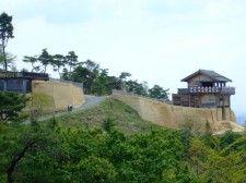 白村江の大敗後に築かれた古代山城の一つ・鬼ノ城(岡山県)