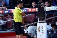 "UEFA、CLでの""VAR導入""を前倒しへ"