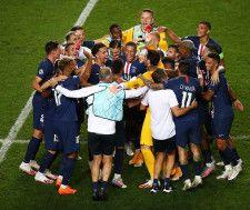 CL決勝進出を決め、喜びを爆発させたPSGの面々。強豪バイエルンを下し、悲願の初優勝を成し遂げられるか photo/Getty Images