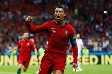 ポルトガル代表で得点を量産し続けるC・ロナウド photo/Getty Images