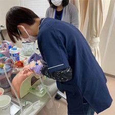唾液を誤嚥し苦しむ患者 対処できず動揺した経験が…30代訪問介護ヘルパーが踏み出した一歩