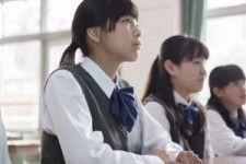教室で理由もなく涙が…不登校の中3女子 無理せずと言う医師に「私はがんばらないと価値がない存在」