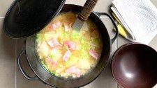大根×ベーコンの具だくさん味噌汁レシピ!簡単リメイクレシピも