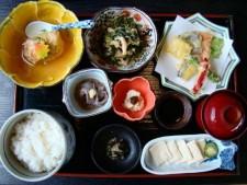 ランチやお土産も!紅葉と合わせて楽しみたい大人の「通な」京都スポット3選