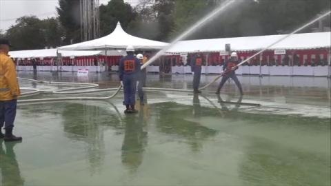 消防団の消火技術競い合う大会、都内で開催