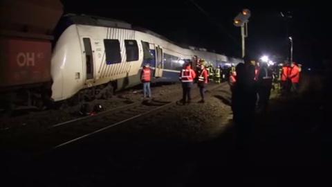 ドイツ西部で列車事故、47人けが