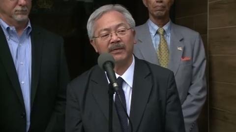 慰安婦像受け入れ署名のサンフランシスコ市長が死去