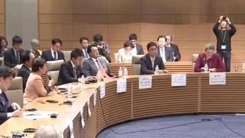 「日本は核兵器禁止条約参加を」ICAN事務局長と国会議員が討論