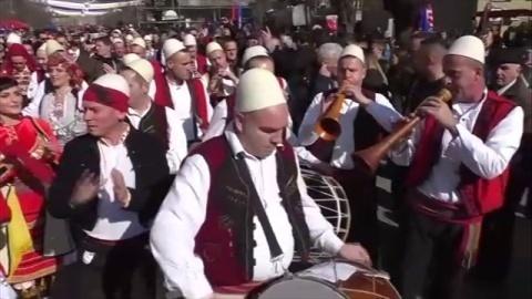 コソボ独立宣言から10年、民族対立など課題も