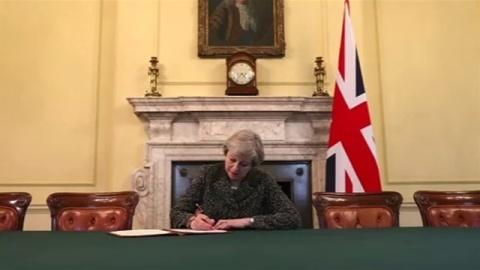 イギリス EU離脱を正式通告へ