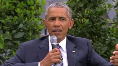 オバマ氏がドイツ訪問、トランプ大統領の政策批判