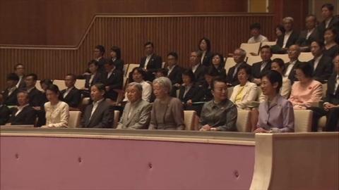 両陛下と皇太子ご夫妻、皇居での演奏会を鑑賞