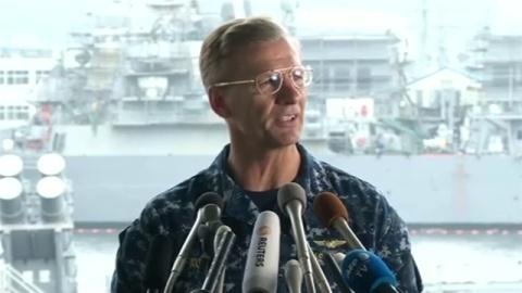 米海軍第7艦隊司令官解任へ、イージス艦事故相次ぎ
