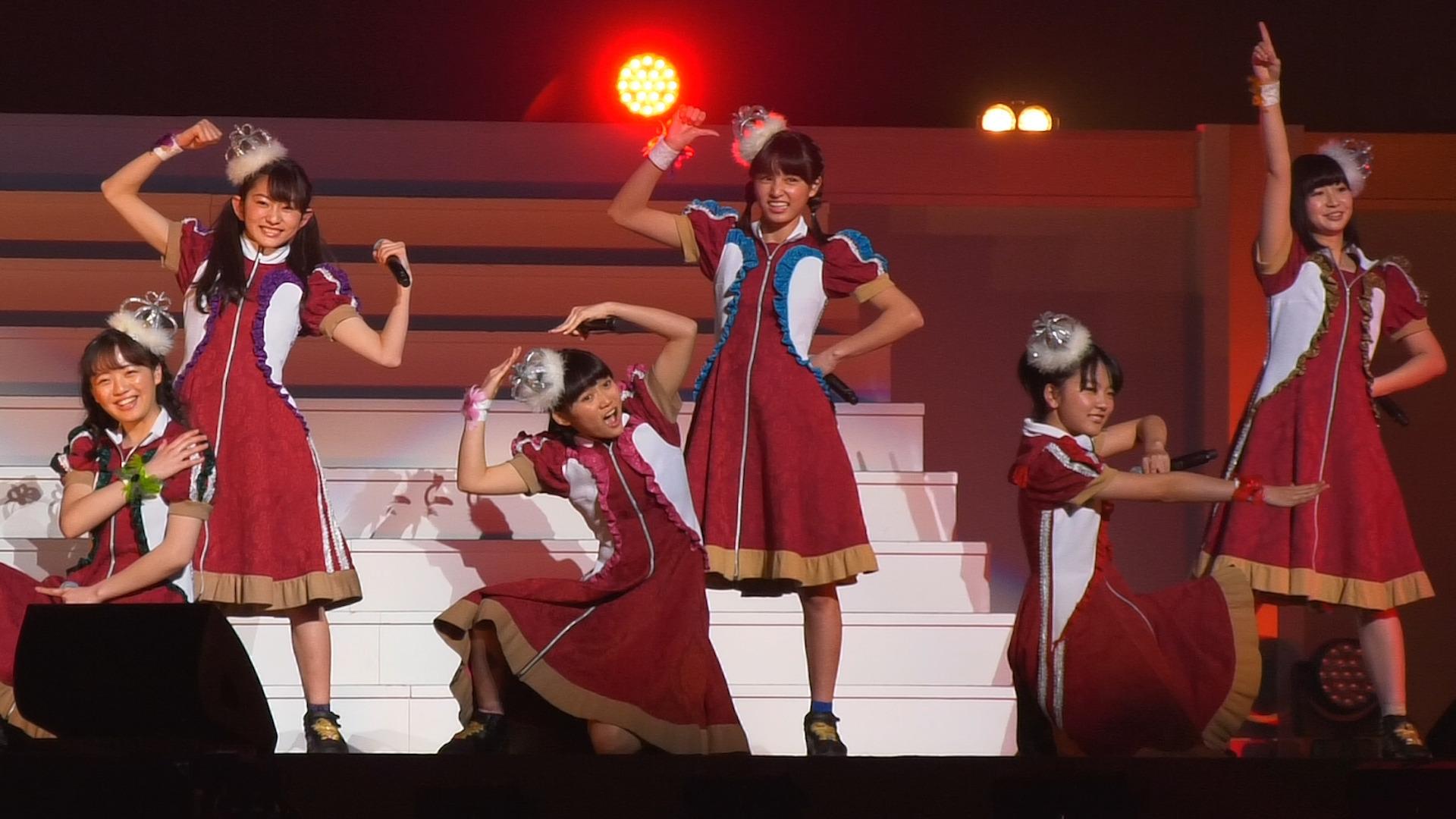 ばってん少女隊 が日本武道館で元気いっぱいのパフォーマンス!<第12回東京ボーイズコレクション>